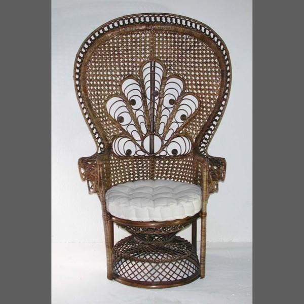 Vintage. Rattan Chair...