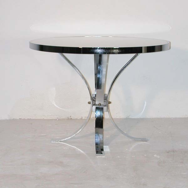 Vintage. Table with legs in...
