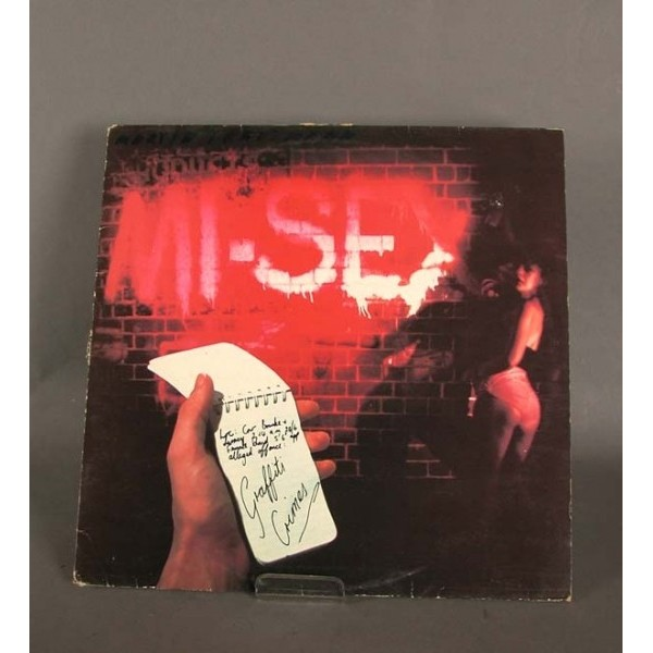 LP. Graffiti Crimes – Mi...