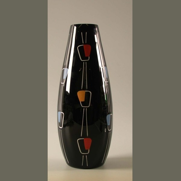 Vintage. Black glass vase....