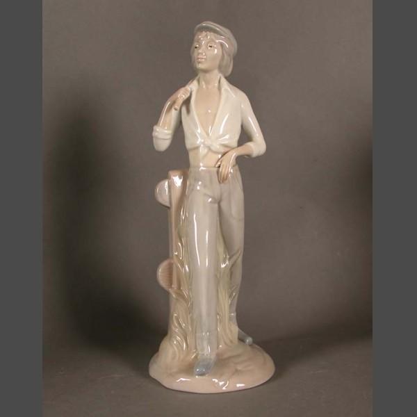 Porcelain figurine. Requena...