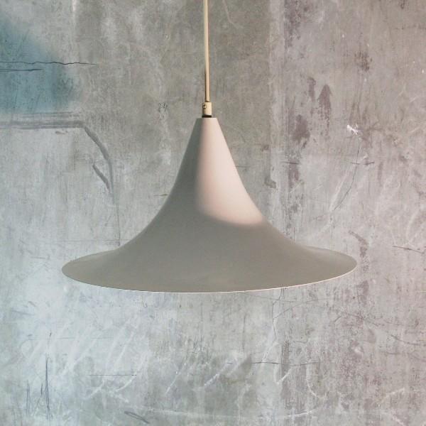 Retro. Sheet metal lamp....