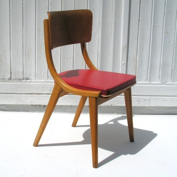 Vintage. Wooden chair...