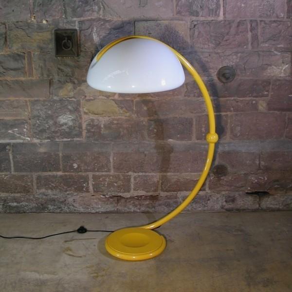 Vintage. Floorlamp....