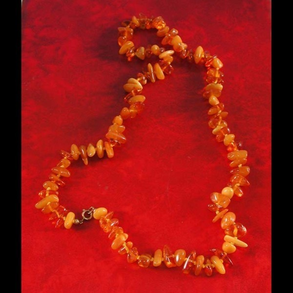 Amber necklace. 1940 - 1950.
