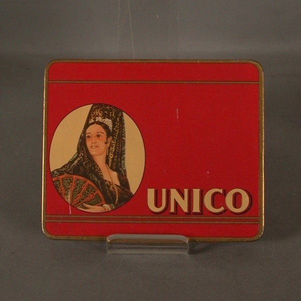Advertising tin. UNICO...