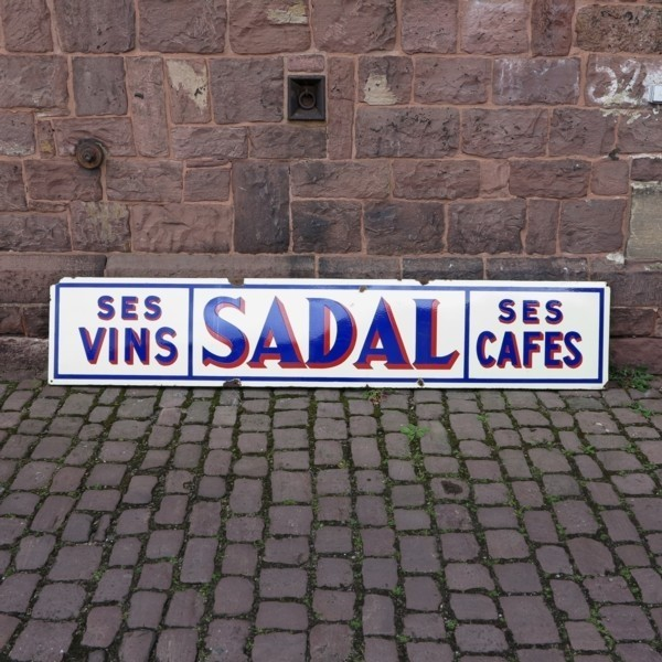 Advertising sign. Ses Vins...