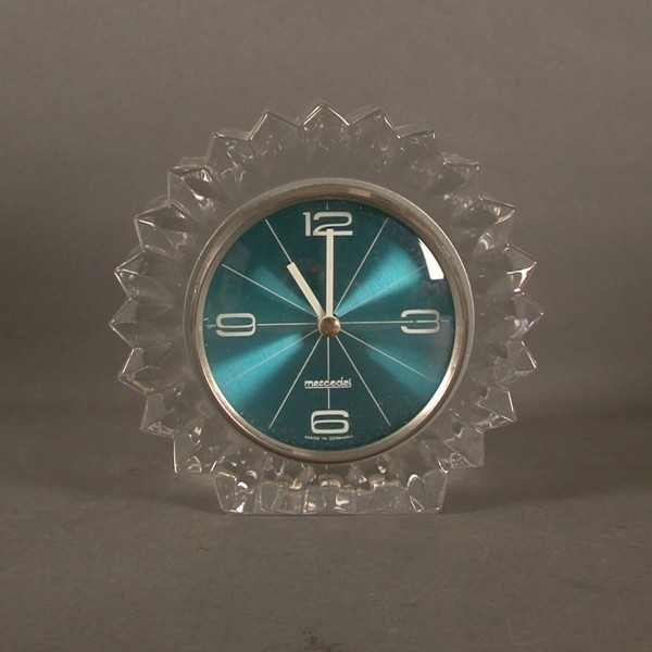 Vintage glass clock....