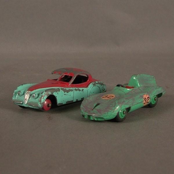Zwei Dinky Toys Modellautos...