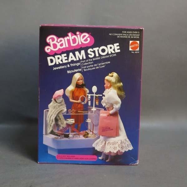 NRFB. Barbie Vintage Dream...