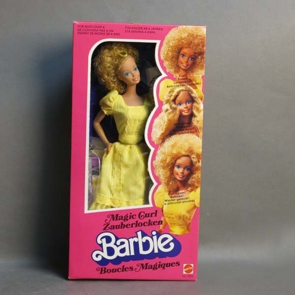 Barbie Magic Curl en su...