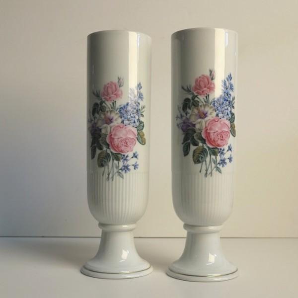 Dos vintage floreros de...