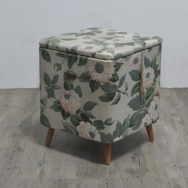 Vintage clothes basket....