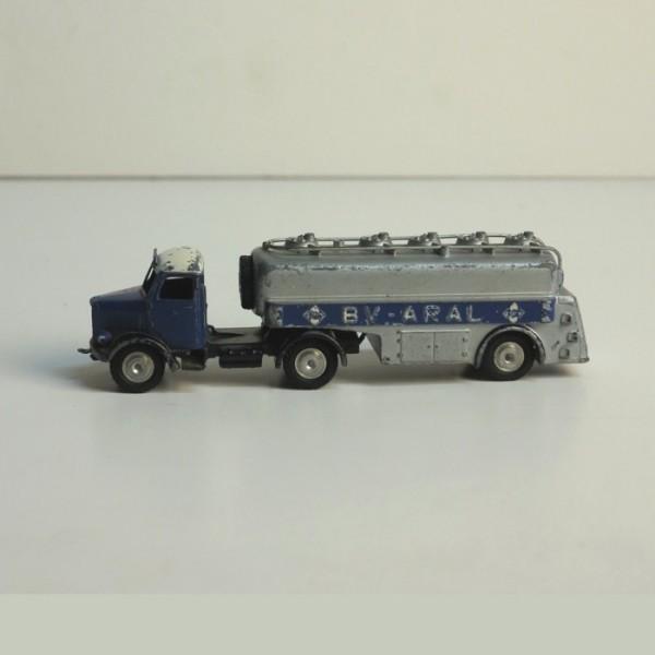 Märklin BV Aral truck....