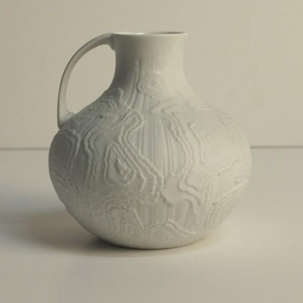 Vintage porcelain vase....