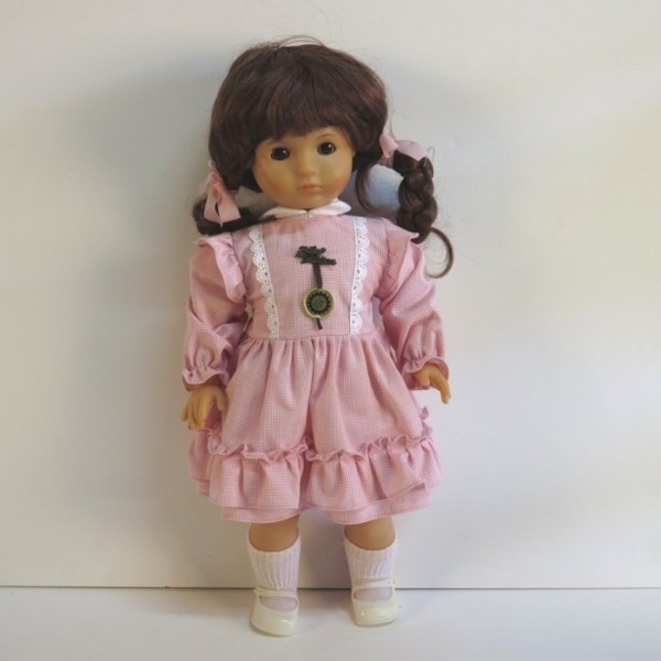 Mint in Box. Zapf Doll 1970...