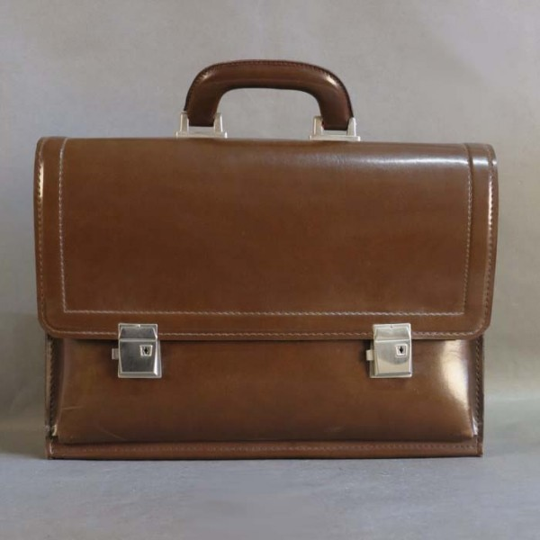 Vintage leather briefcase....