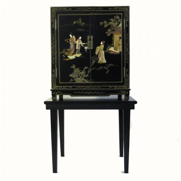 Chinese lacquer cabinet...
