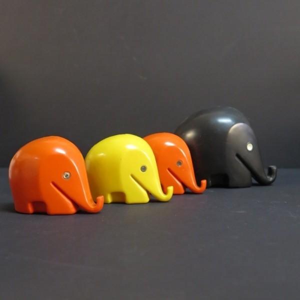 4 very rare Elephant...