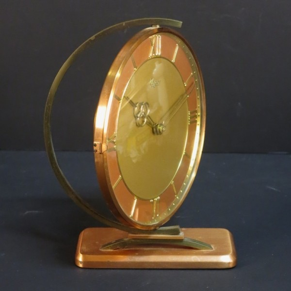 Vintage glass clock. Urgos....
