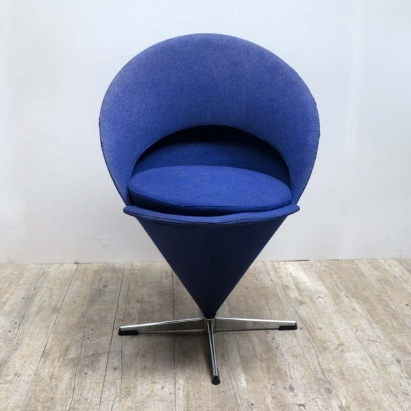 Verner Panton Cone Chair...