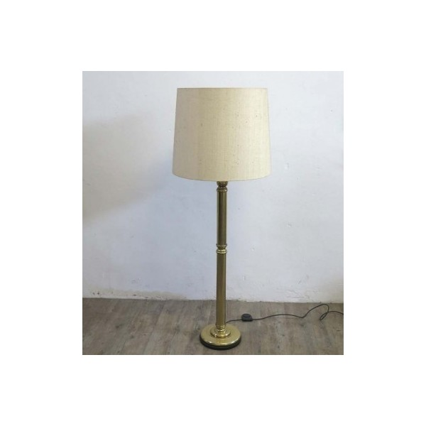 Vintage brass floor lamp....