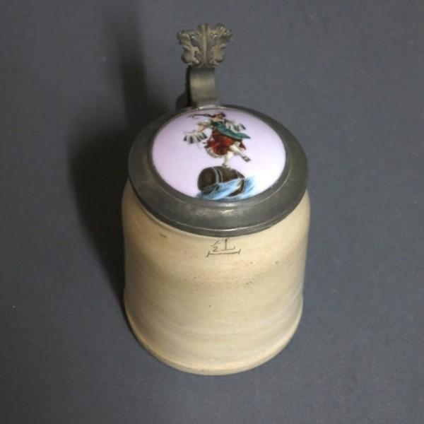 Ceramic beer mug. 1920 - 1925