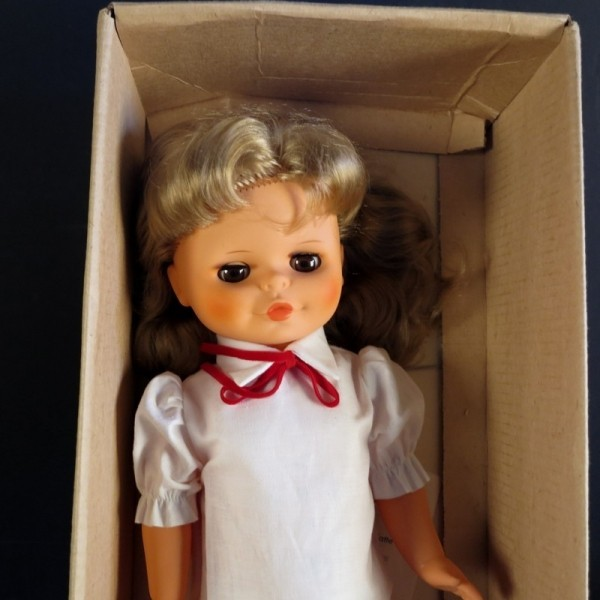 Mint in box. Sonni doll....
