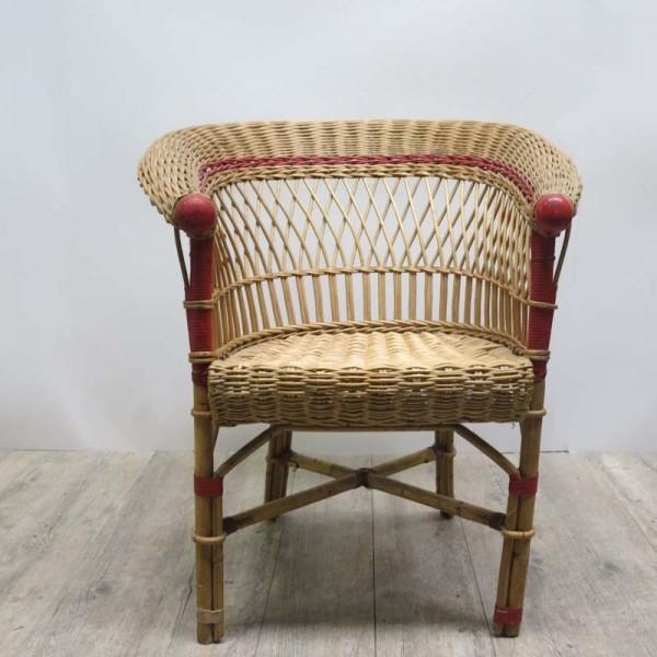 Vintage rattan chair....