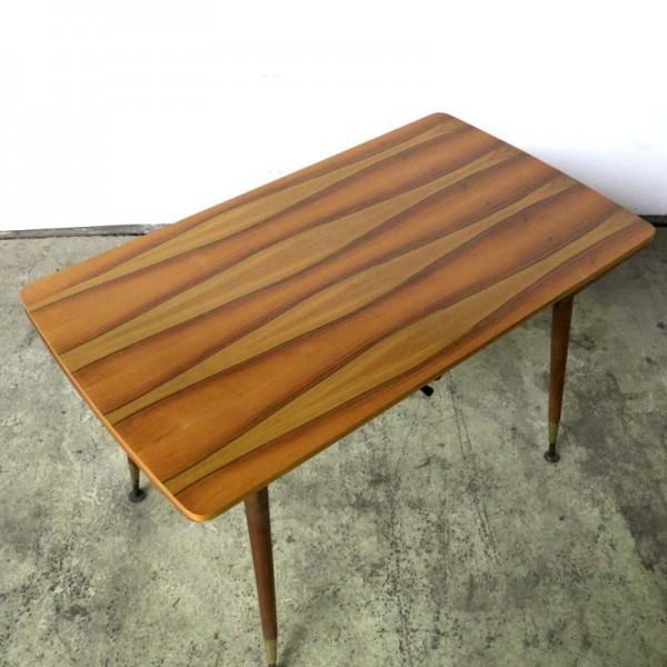 Extendable vintage table....
