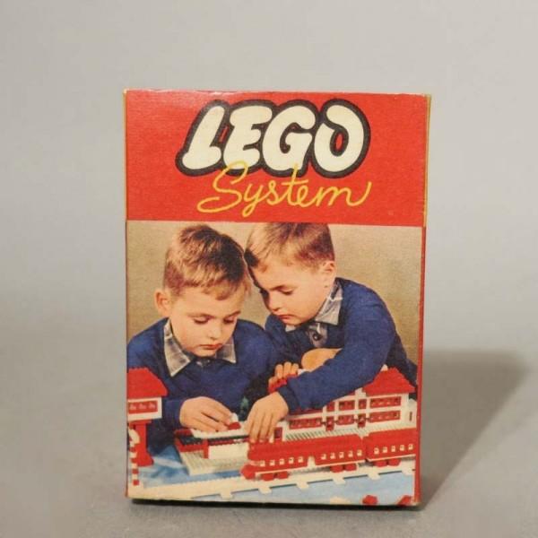 Ultra raro. Lego sistema....