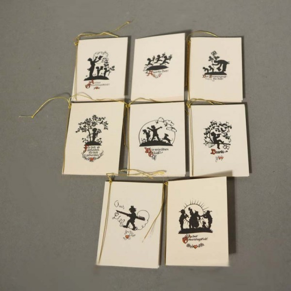 Ocho tarjetas Art Nouveau...