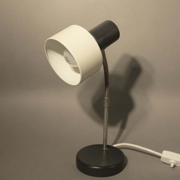 Lámpara de mesa de metal de...