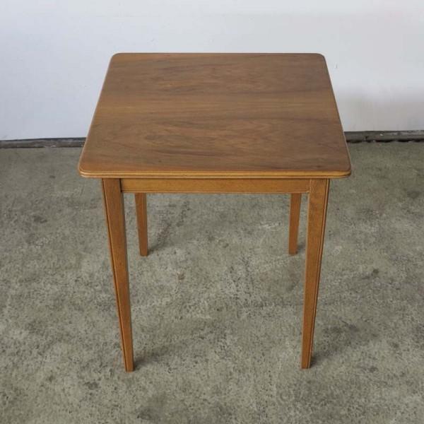 Mesa Art Nouveau de madera...