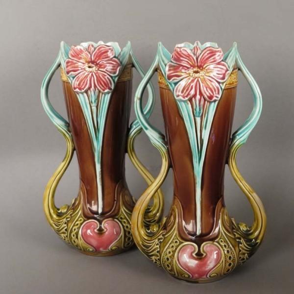 Dos floreros Art Nouveau de...