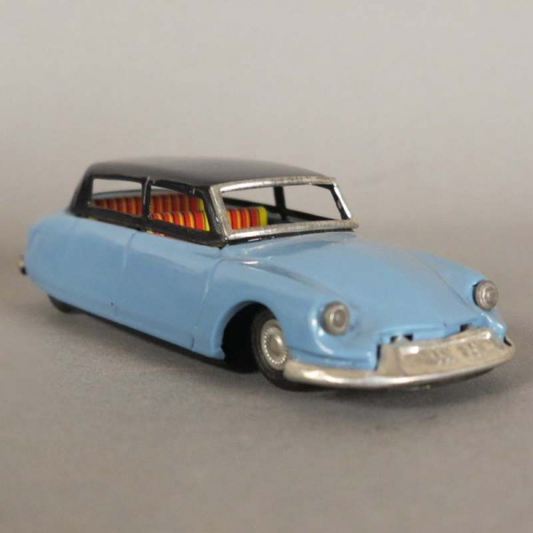 Bandai Citroen DS 19. Tin...