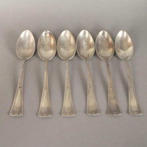 Seis cucharas plateadas Art...