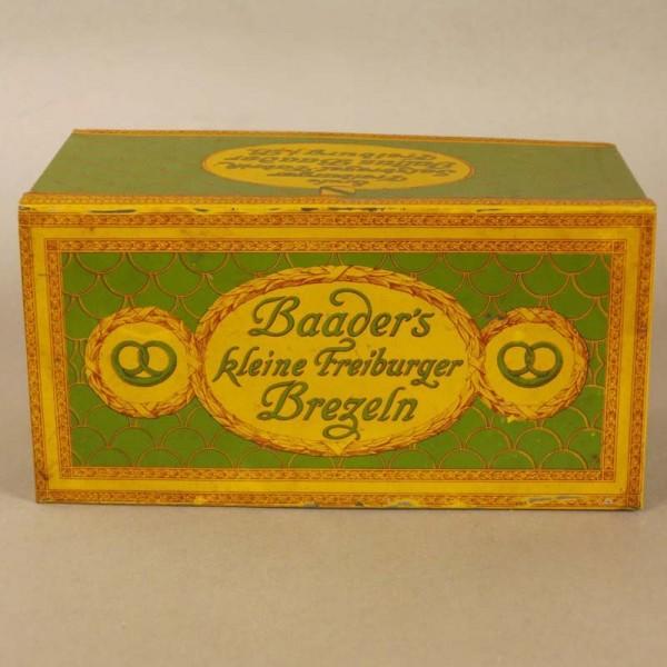 Caja de chapa Art Nouveau...