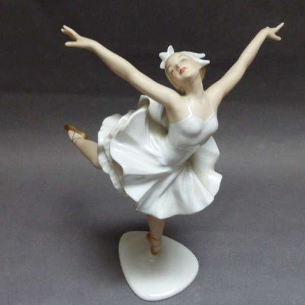 Porcelain figurine. Germany...