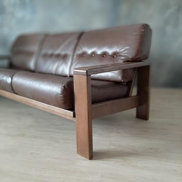 Vintage sofa in original...
