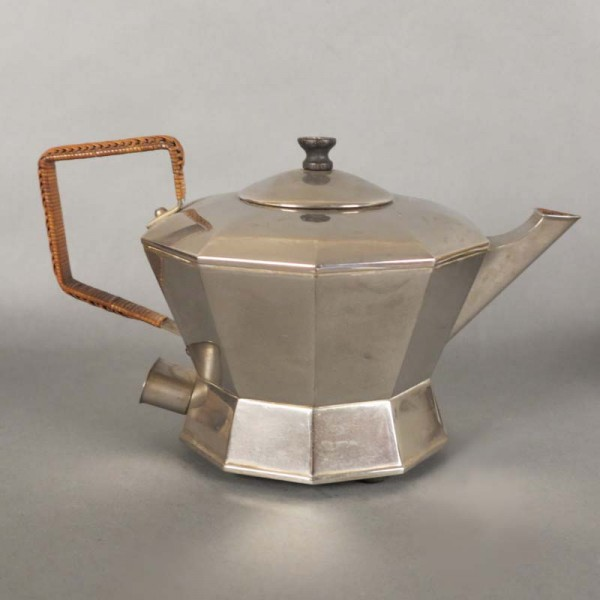 Art Deco Teapot from Degea....