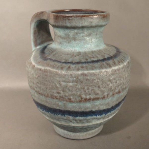 Ceramic handle vase of the...