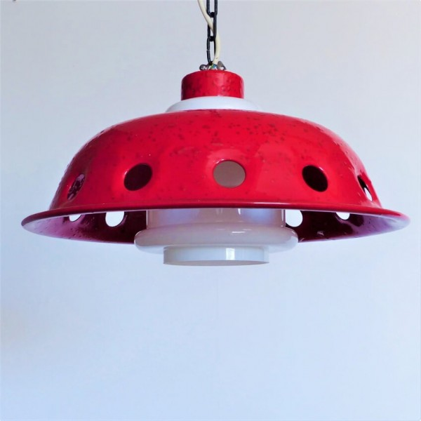 Ceiling lamp with red...