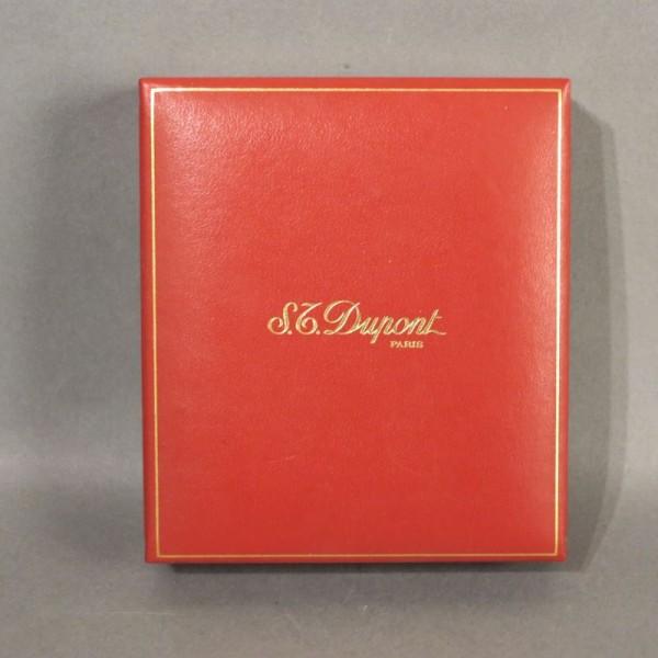 Schachtel für Dupont...