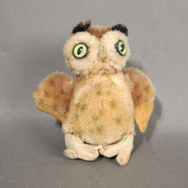 Vintage owl from Steiff....