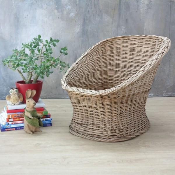 Rattan Stuhl für Kinder....