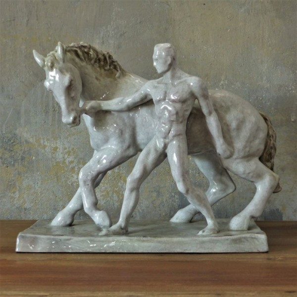 Figura de cerámica. El...