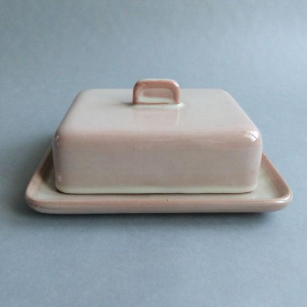 Butterdose aus Keramik der...