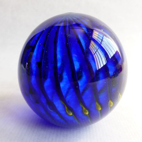 Vintage glass paperweight...