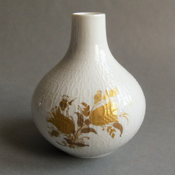Porcelain vase by Bjørn...